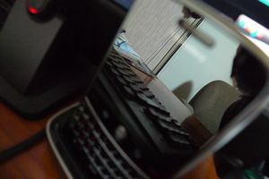 Boldsilverglassmirror